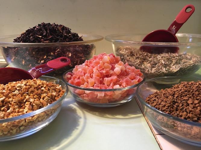 Holiday-herbal-blend-17-ingredients